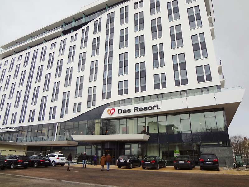 A ja resort warnem nde hotel g ste checken ein hotel for Das resort warnemunde
