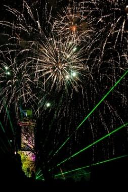 Warnemünde - Leuchtturm in Flammen